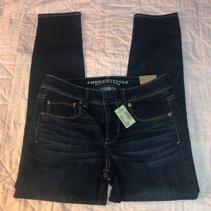 NWT AEO Jeans dark super stretch Skinny women's